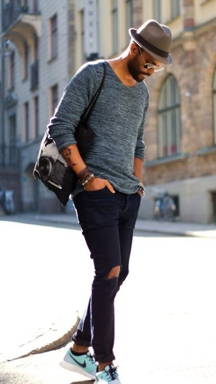 Чёрное Джинсы кеды модный гаджет доступ в