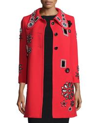 Abrigo con adornos rojo de Marc Jacobs