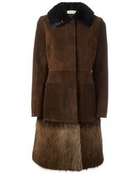 Abrigo con cuello de piel en marrón oscuro de Marni