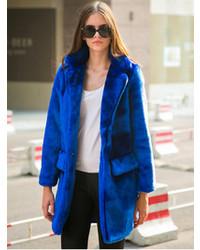 Abrigo de piel azul