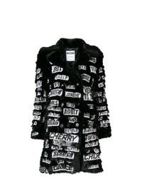 Abrigo de piel estampado negro de Moschino