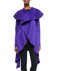 Abrigo en violeta