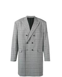 Abrigo largo a cuadros gris de Balenciaga