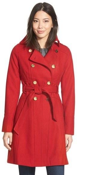 ... Abrigo rojo de GUESS ... 30240bf74e98