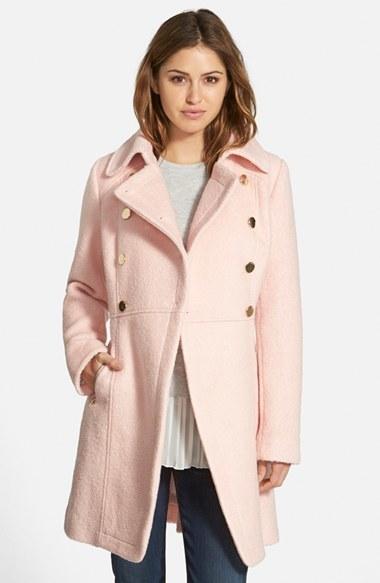 ... Abrigo rosado de GUESS ... 39129c983b2c