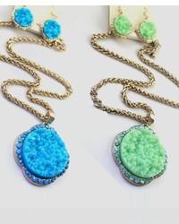 ChicNova Jewel Embeddedness Necklace With Macadam Pendant