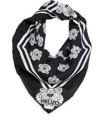 Bandana estampada en negro y blanco de Kenzo