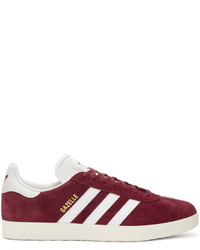 Baskets basses en daim bordeaux adidas