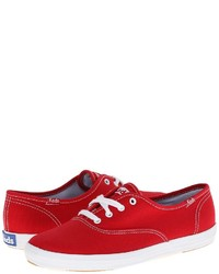 Baskets basses en toile rouges Keds