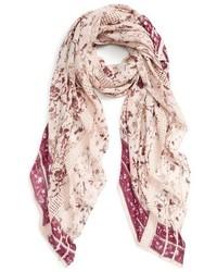 Hinge Dream Floral Lace Wrap