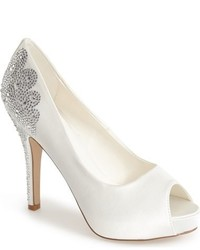Angelina peep toe pump medium 517508