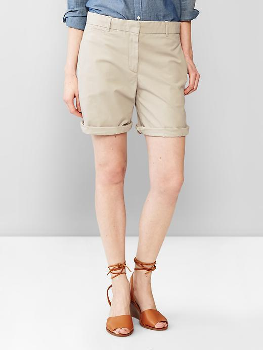 Gap Boyfriend Roll Up Khaki Shorts | Where to buy & how to wear