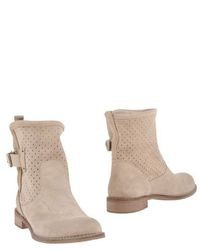 Innue' Ankle Boots