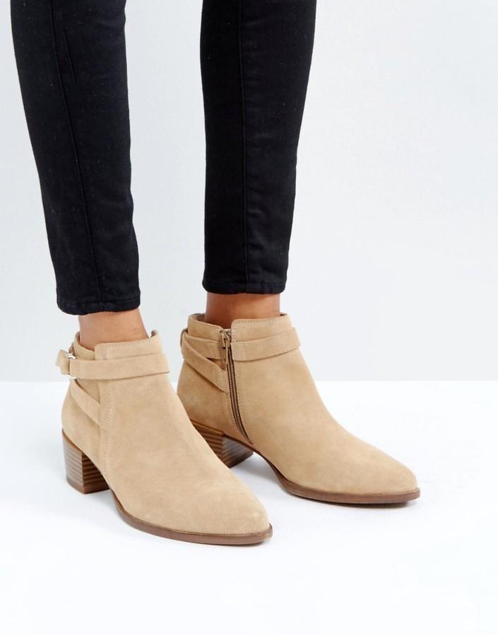 Vagabond Emira Beige Suede Ankle Boots