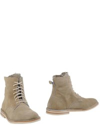 B Ferdy Milano Ankle Boots