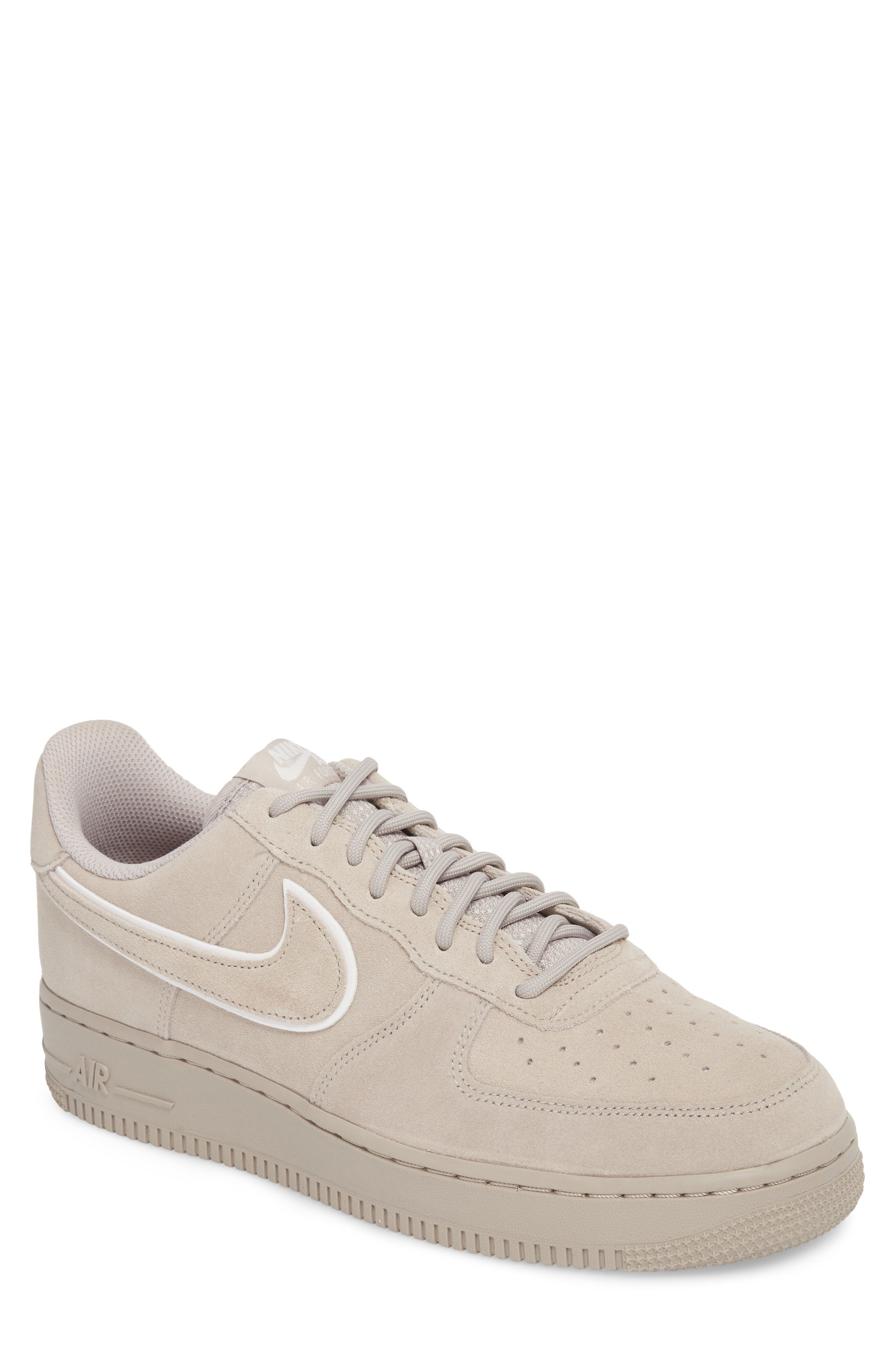 rencontrer 36187 46434 Air Force 1 07 Low Lv8 Sneaker