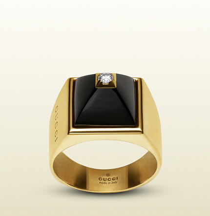 Gucci Ring In 18k Yellow Gold Diamonds And Black Chalcedony