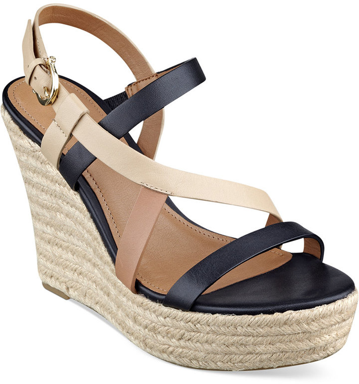 dec449592d0 ... Tommy Hilfiger Abri Platform Wedge Sandals ...