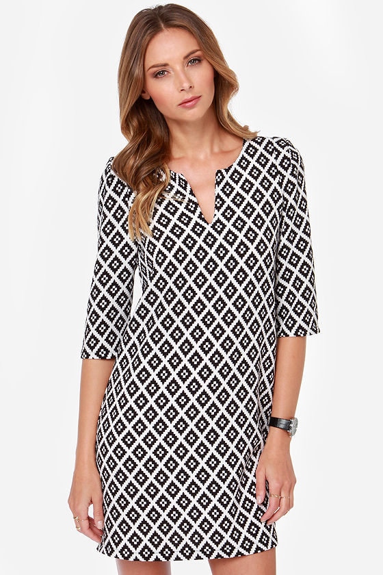 Everly Haute In The City Black And White Print Shift Dress | Where ...