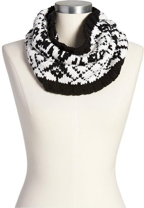 Old Navy Fair Isle Funnel Scarves   Where to buy & how to wear