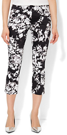 Buy the latest black floral print pants cheap shop fashion style with free shipping, and check out our daily updated new arrival black floral print pants at metools.ml