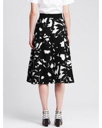 Banana Republic Black Floral Midi Skirt | Where to buy & how to wear