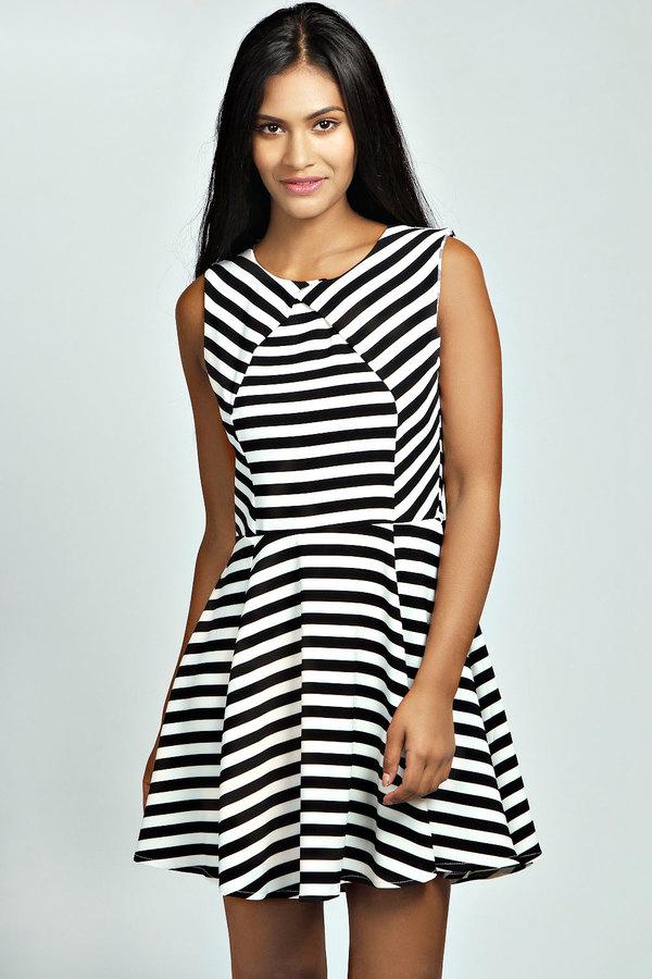 839a90282cda ... Black and White Horizontal Striped Skater Dresses Boohoo Lois Pleat  Front Stripe Skater Dress ...