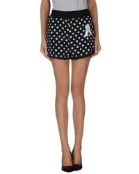Amaranto Shorts