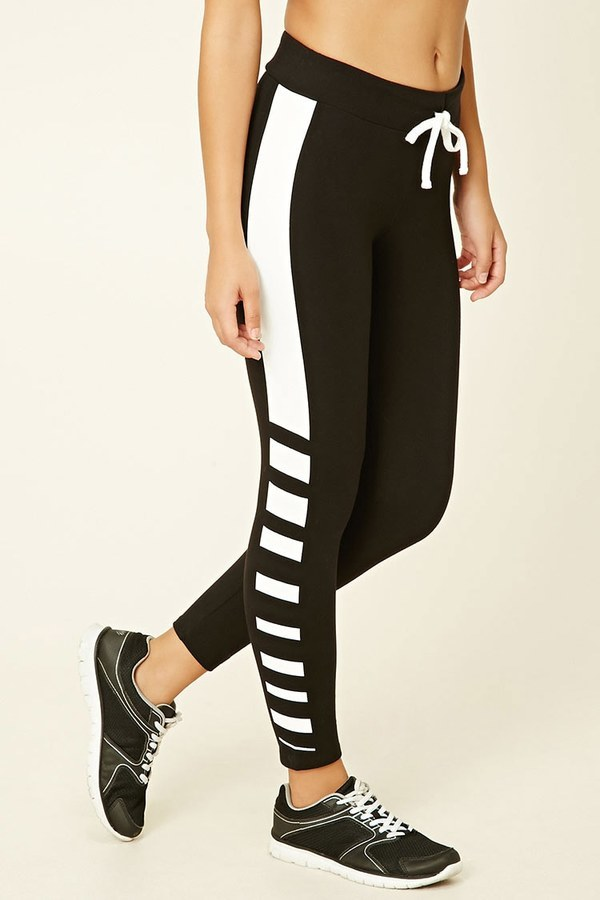 Forever 21 Active Striped Capri Leggings | Where to buy & how to wear