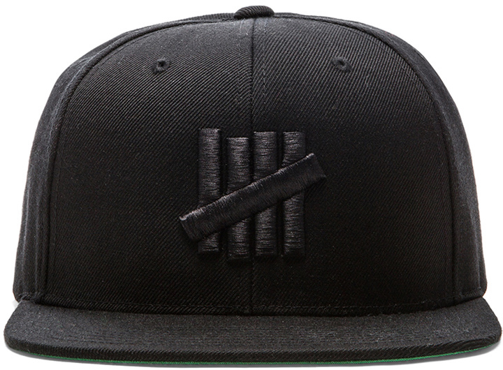 15d32f7d79010 ... Black Baseball Caps Undefeated 5 Strike Snapback ...