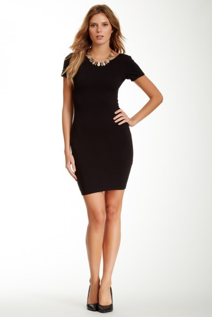 WAYF Short Sleeve Solid Bodycon Dress | Where to buy & how to wear