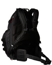 Oakley Kitchen Sink Backpack Bags | Where to buy & how to wear
