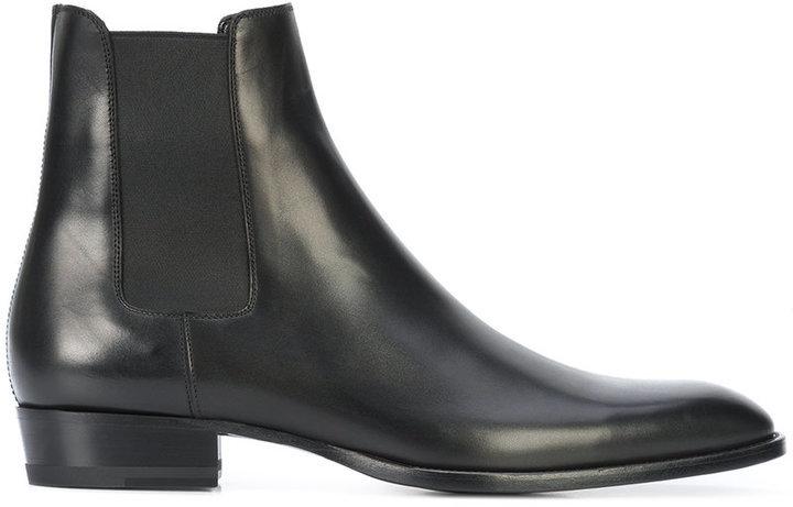 2abb881f17e8 ... Saint Laurent Classic Wyatt 30 Chelsea Boots ...