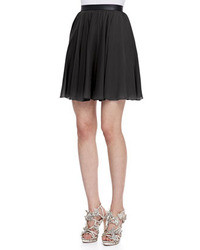 In the warmer spring and summer months, cheap skater skirts are usually made from cotton, linen, polyester, chiffon or jersey knits. In autumn and winter, you will find them in leather, suede or wool.