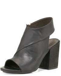Coclico Dar Leather Chunky Heel Sandal Black