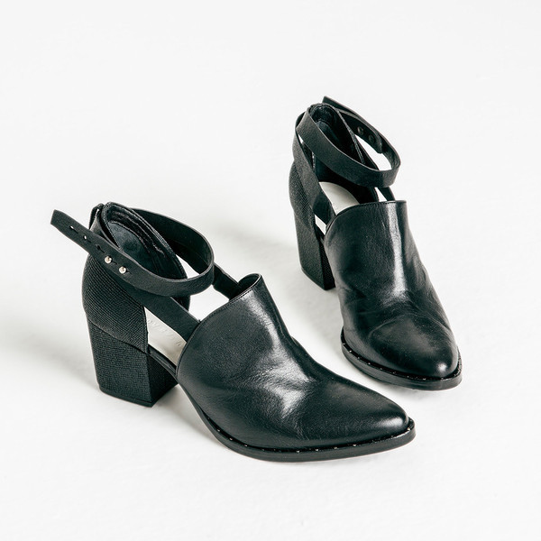 Freda Salvador Suede Cutout Ankle Boots discount low shipping fee free shipping supply for nice cheap price lowest price online sale new arrival 5woSoN9EJ