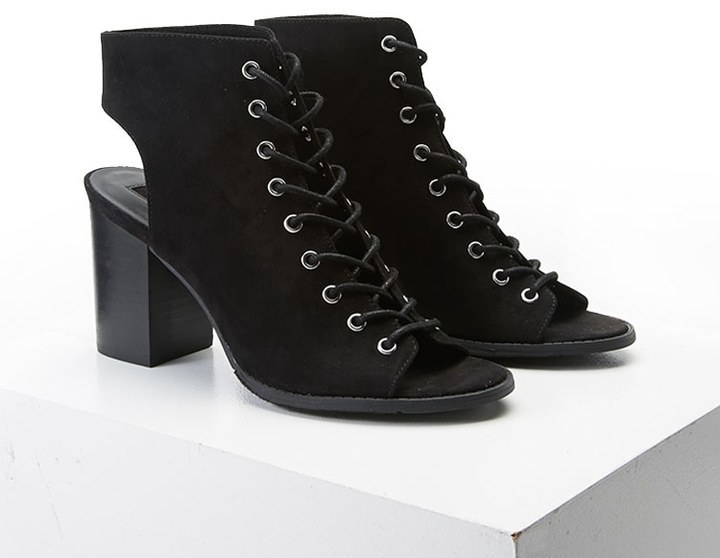 Forever 21 Lace Up Cutout Ankle Boots | Where to buy & how to wear
