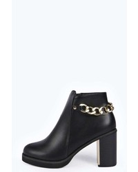 Boohoo Violet Chain And Plaque Trim Boot