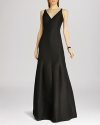 Halston Heritage Sleeveless V Neck Structured Gown