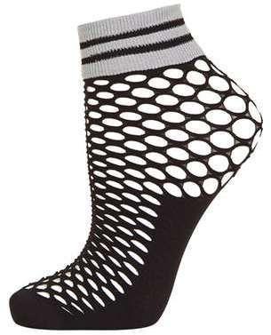 Sporty Fishnet Ankle Socks