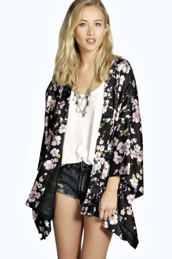 Boohoo Boutique Amy Floral Kimono Jacket | Where to buy & how to wear