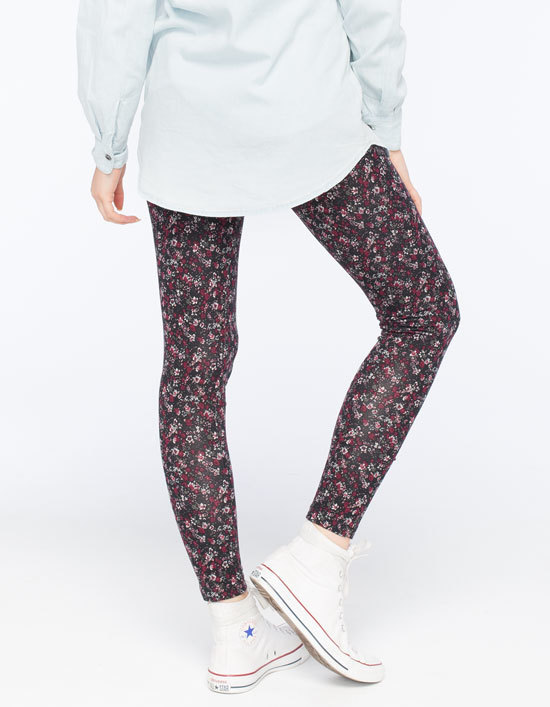 beb3ac5f6b32d5 Full Tilt Ditsy Floral Leggings, $16 | Tilly's | Lookastic.com