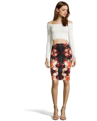 Romeo & Juliet Couture Black And Red Floral Printed Stretch Scuba Knit Zip Front Pencil Skirt