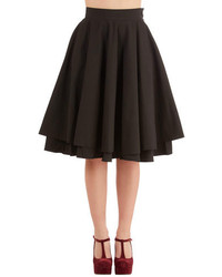 Moon Collection Essential Elegance Skirt In Black