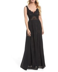 Vera Wang Lace Detail Gown