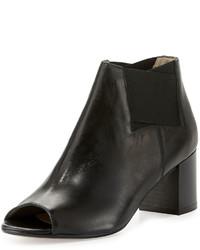Amalfi by Rangoni Clarissa Leather Stretch Bootie Black