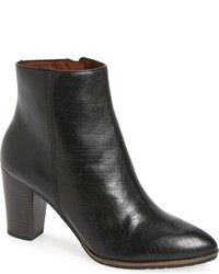 Tamaris Lim Pointy Toe Bootie