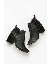 Report Toby Metal Toe Ankle Boot