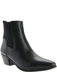 Nine West Travers Chelsea Boot Blackblack Leather Boots