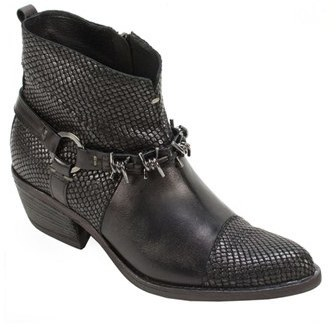 Summit Amberlie Western Boot